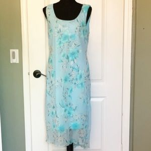Meghan Matthews size 12 floral dress Blue